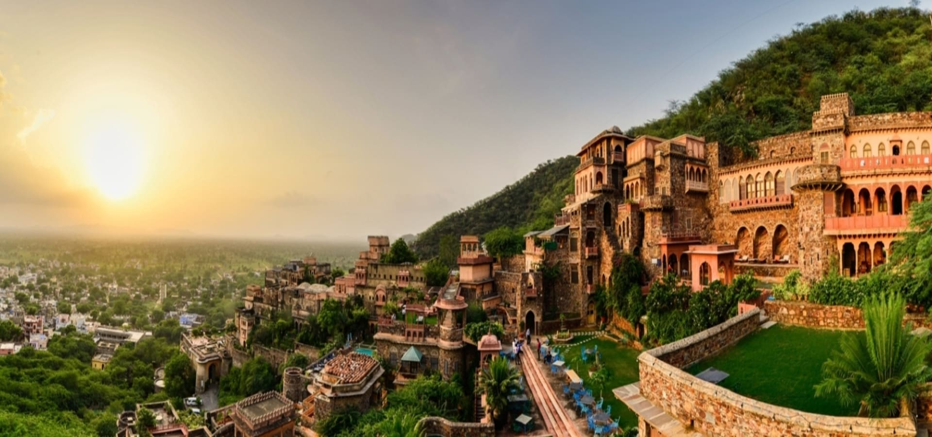 A view of Neemrana Fort Palace in the evening